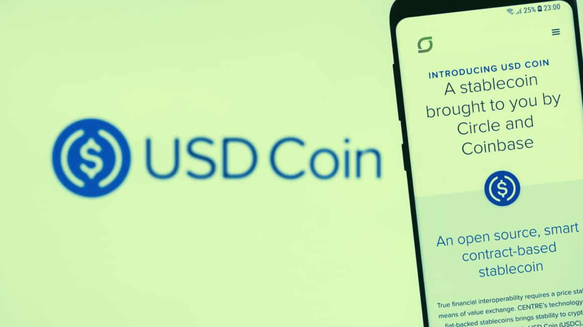 U.S.-backed stablecoin USDC will work with the Stellar blockchain network. Image: Shutterstock, Decrypt