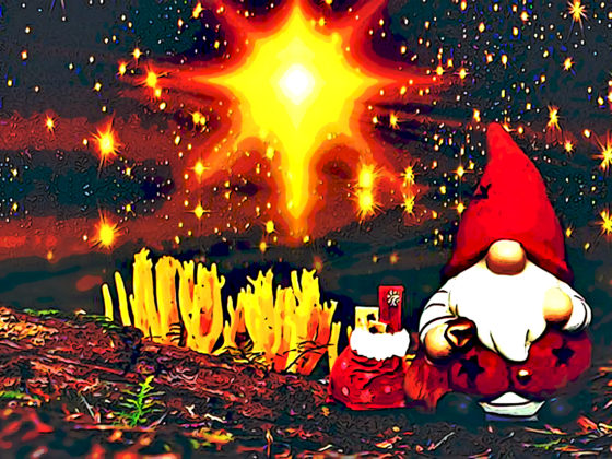 Gnome in Christmas with Eastern star