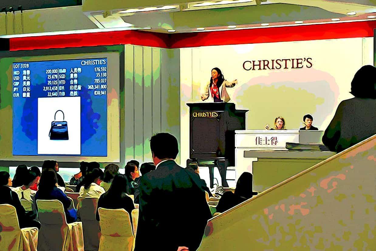 800px HK 灣仔北 Wan Chai North 香港會展 HKCEC 佳士得 拍賣 Christies Auction lady at work November 2018 IX2 03