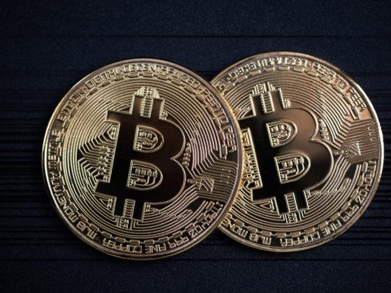 Bitcoin-golden-coins