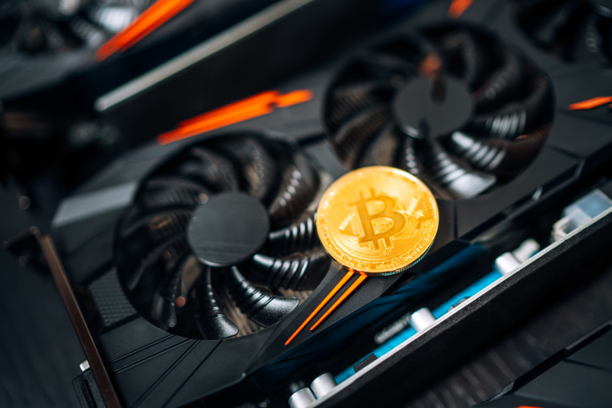 crypto miner, Bitcoin mining rigs become unprofitable in less than 17 months, which generates as much e-waste as the Netherlands produces in a year
